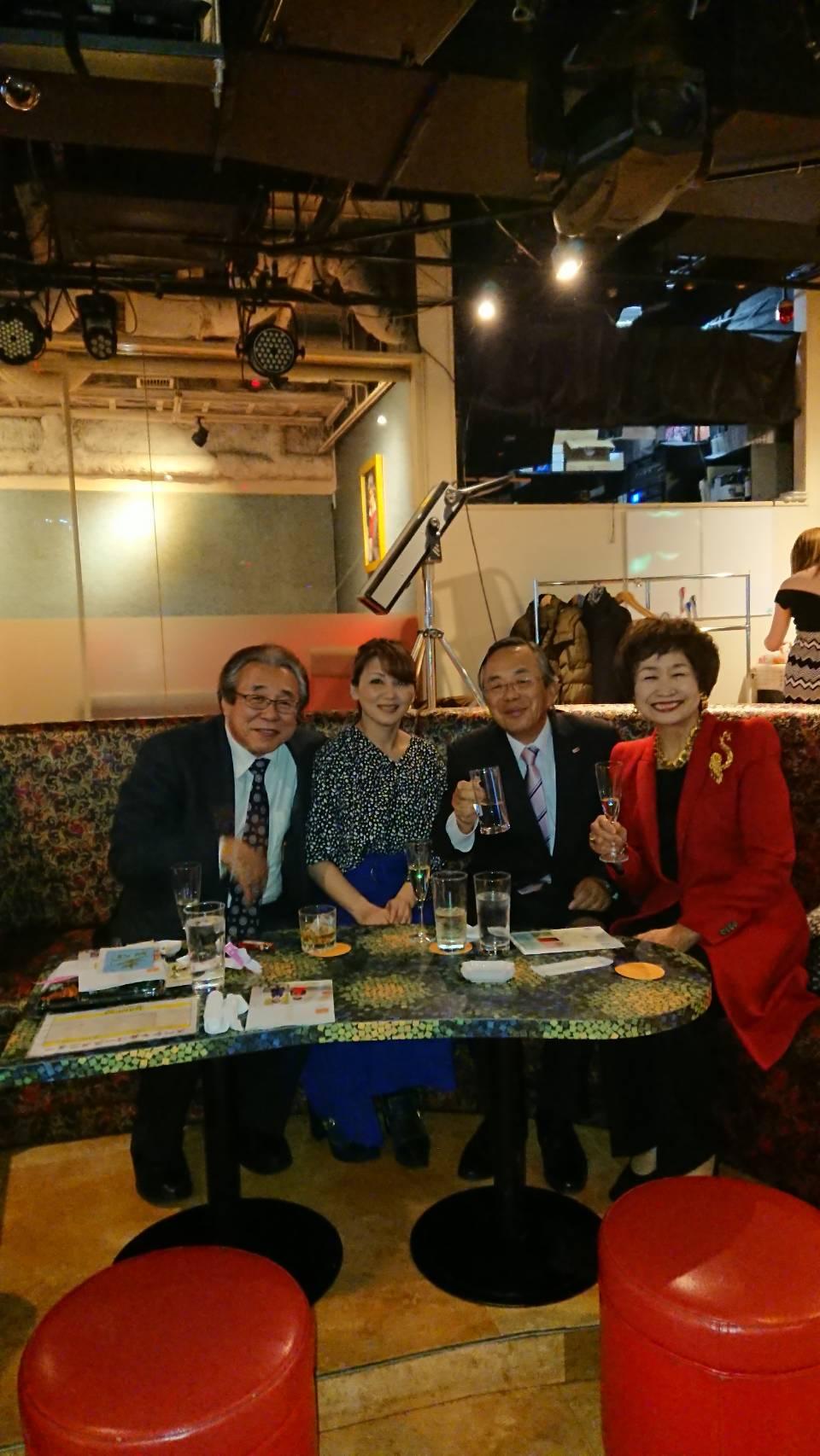 星澤先生の誕生パーティーに出席しました。